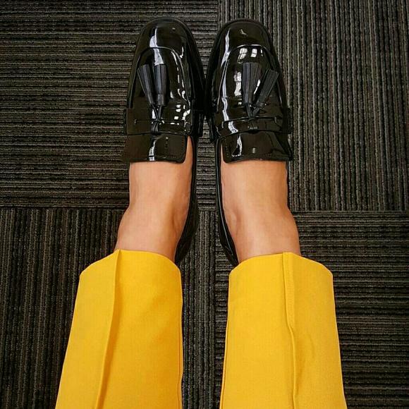 Tahari Shoes - Tahari Tassle Dress Shoes